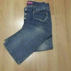 Glo Jean's